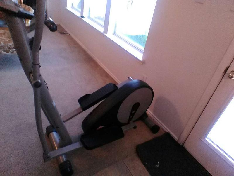 Deluxe Magnetic Elliptical Ee220 For Sale In Keller Tx 5miles Buy And Sell We specialized in designing sportek is a reliable supplier of fitness equipments because we insist on professionalism, quality. 5miles