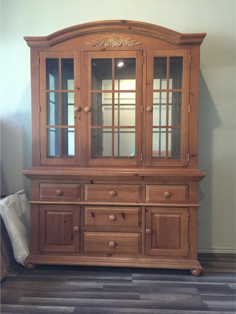Broyhill Fontana Dining Room Hutch For Sale In Denton Tx 5miles Buy And Sell