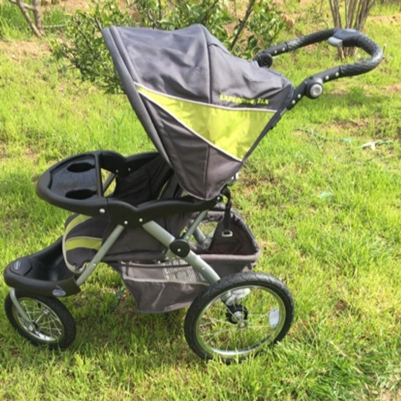 Baby & Trend Expedition ELS jogging stroller barely used ...