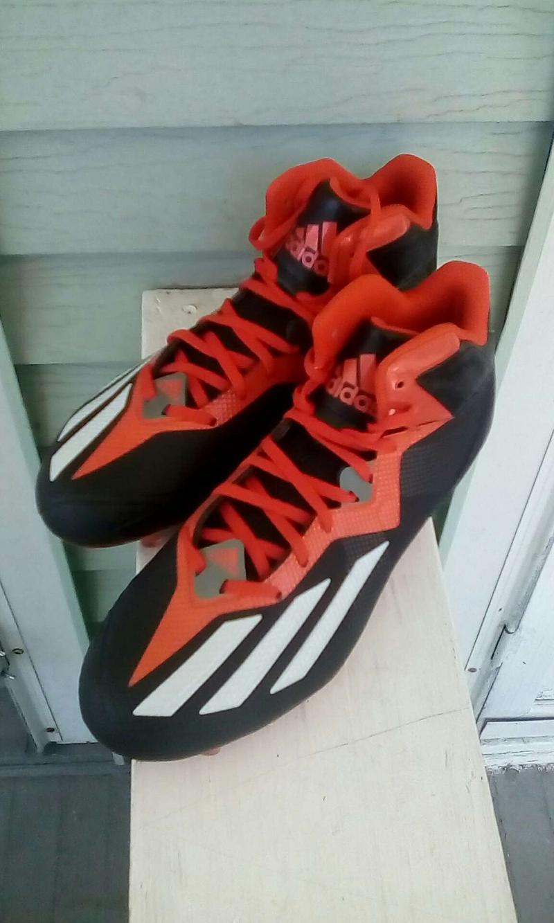 Photo FOOTBALL CLEATS ADIDAS