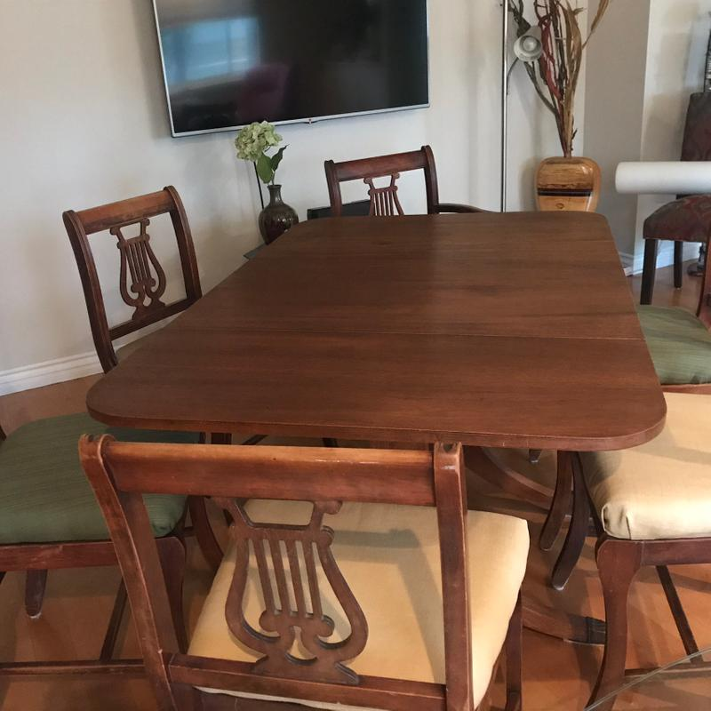 Mahogany Duncan Phyfe Table And Chairs For Sale In Ventura Ca 5miles Buy And Sell