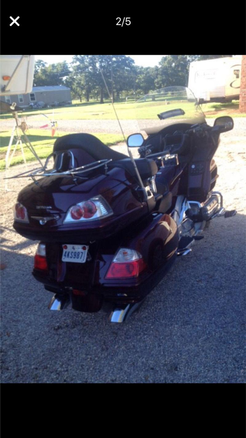 Photo 2007 Honda Goldwing 1800 CC engine only 14000 miles, has new tires,loaded with options everything but air bag