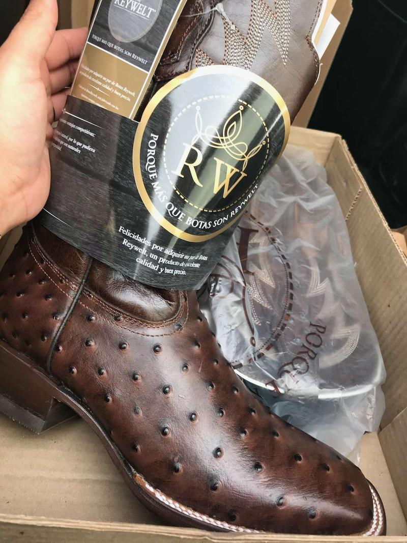 Mens size 10 Reywelt ostrich boots for