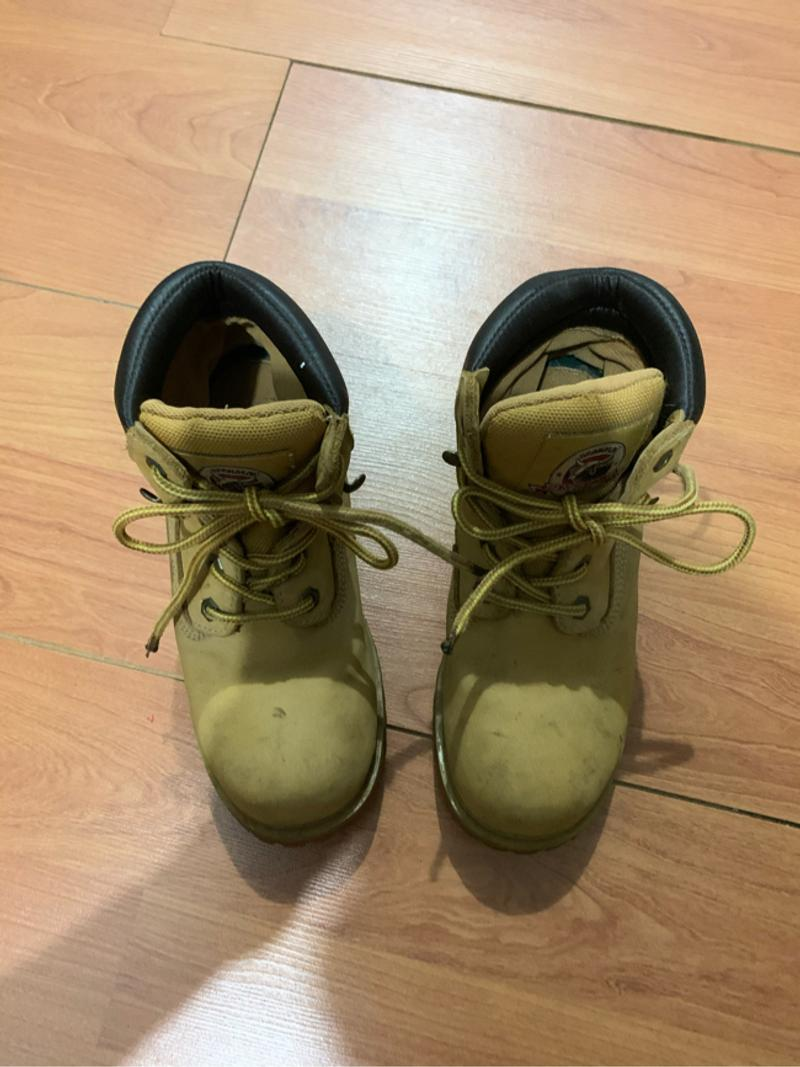 Photo Brahma Boots for Boys size 5.5