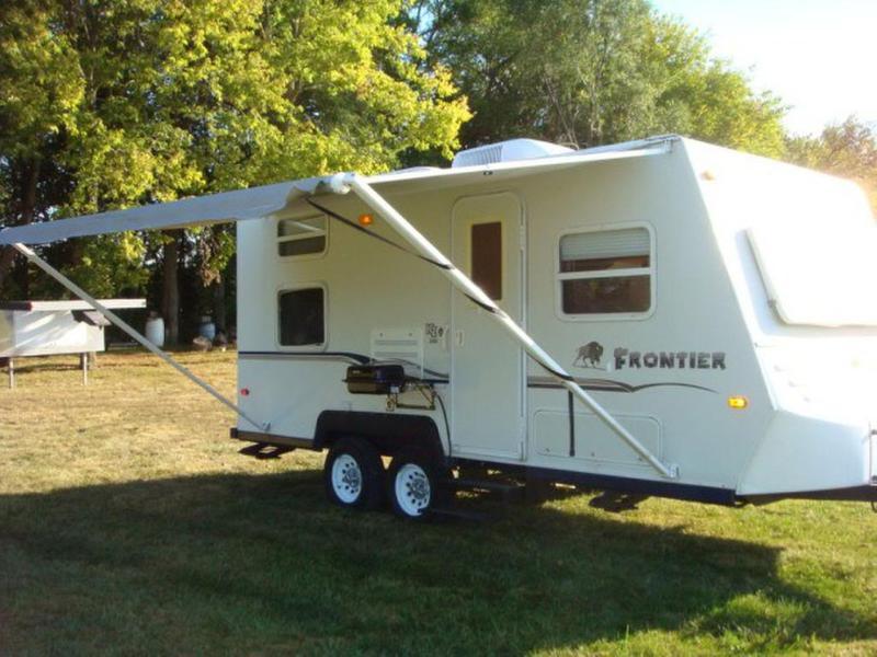 Photo 2001 KZ Fronter 2100F Travel Trailer RV Camper Sleep 6
