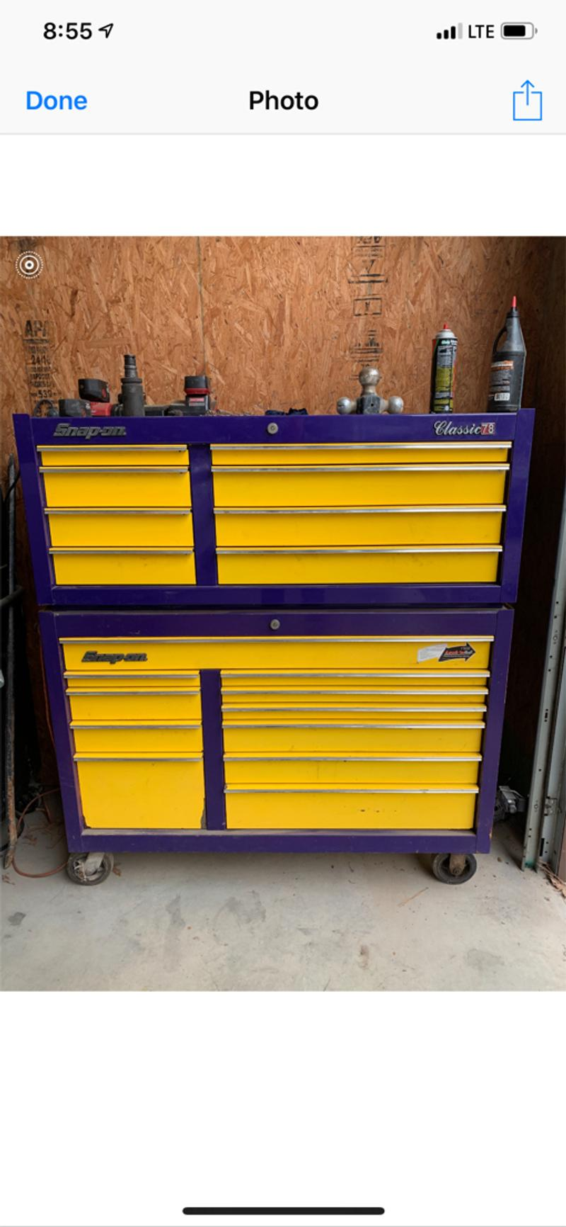 Photo I am selling my tool box the lower box was solid yellow to start then I purchased the purple paint from snap on to paint the box as you see it now the upper box was ordered with this paint scheme.