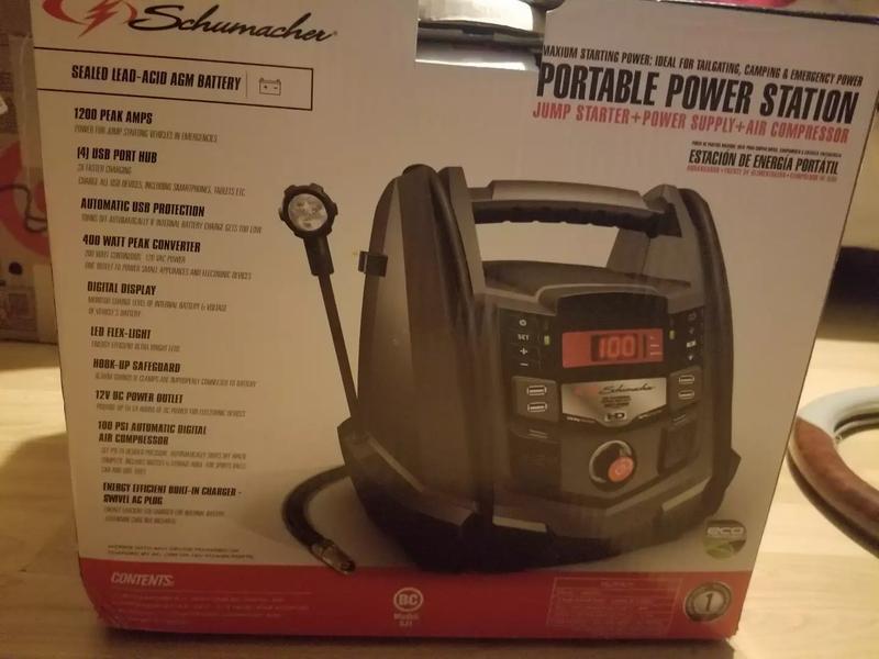 Photo Schumacher Portable Power Source