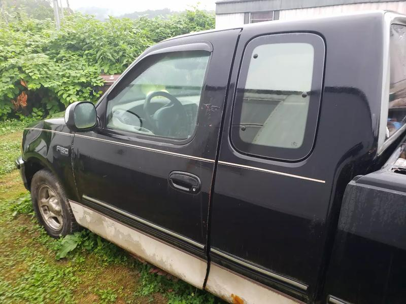 Photo 1997 Ford F150 3dr Extended Cab SB