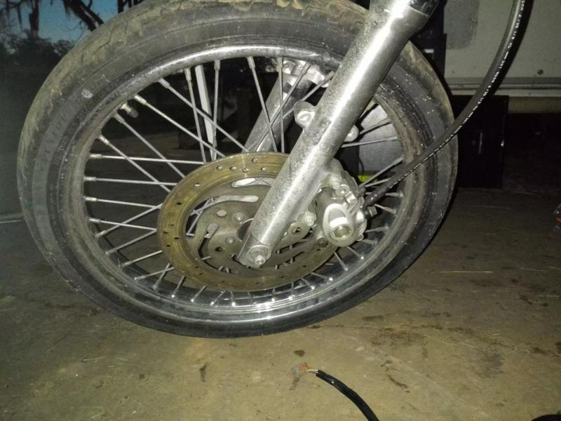 Photo 21 inch spoke good tire. For sportster...16 inch solid rim good tire for sportster 2005
