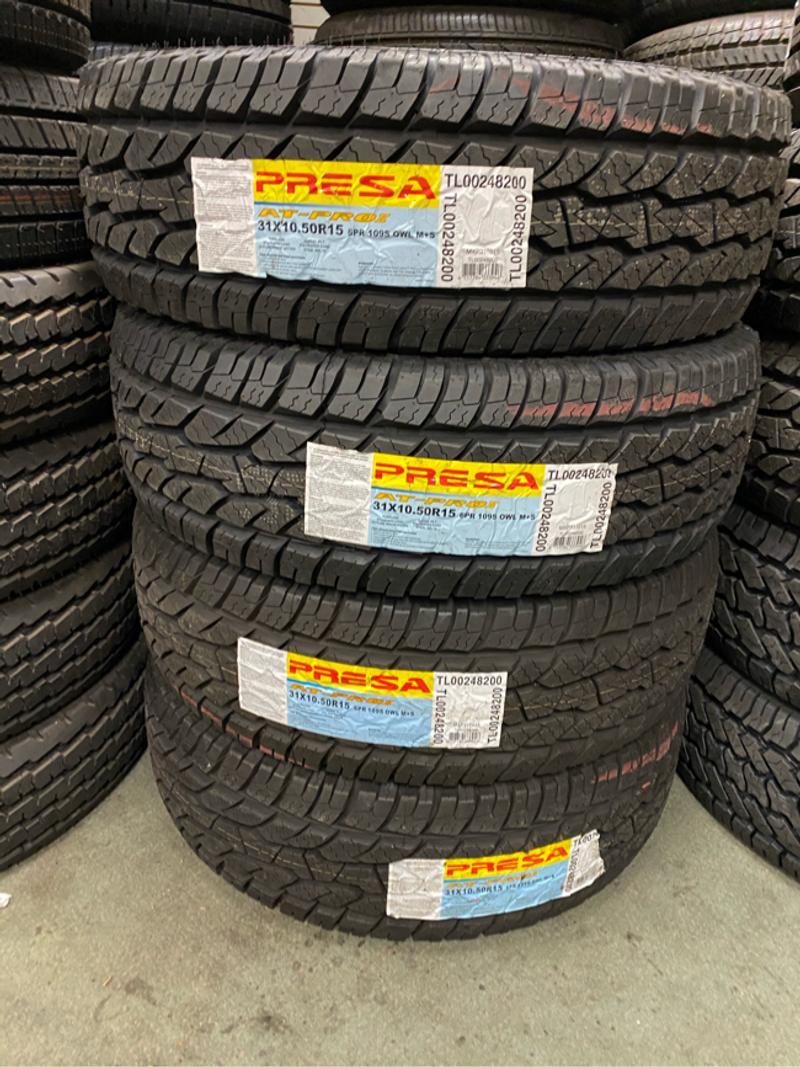 Photo 31X10.50R15 Four Brand New Presa Tires