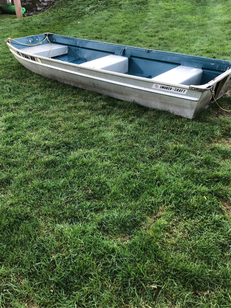 Photo Jon boat with Trailer