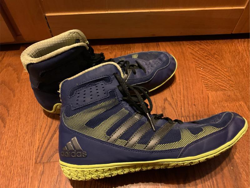 Photo Mens 7 12 adidas wrestling shoes