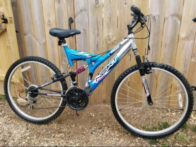 Photo Next Plush Mountain Bike