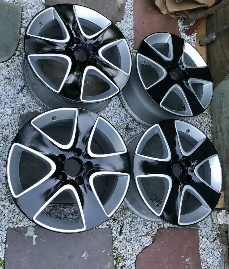 Photo Set of Factory OEM Mercedes CLA 250 wheels 17