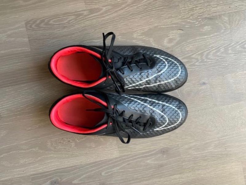 Photo Nike HyperVenom Indoor Soccer Turf Shoes 9.5M