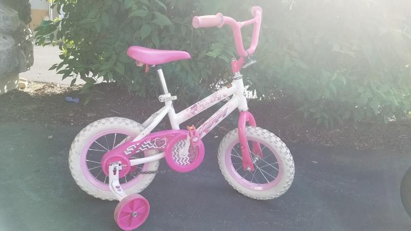Photo Huffy 12 Sea Star Girls Bike, Pink