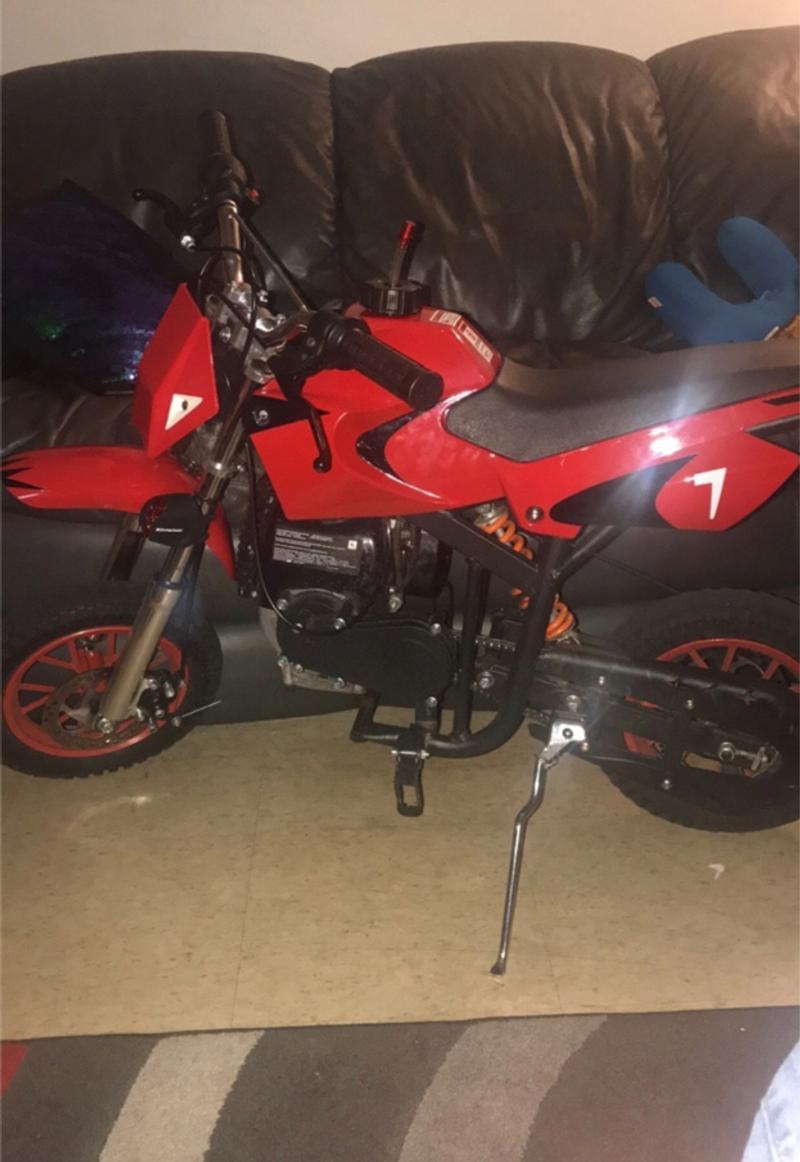 Photo Its a 49cc dirt bike. Good condition. Gas powered