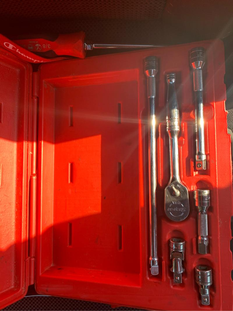 Photo Snap on tools 38 set and wrench sets