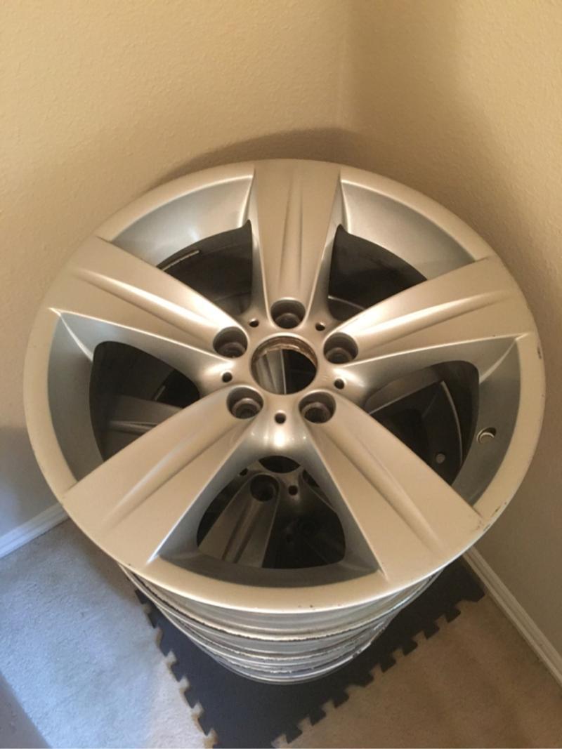 Photo OEM Bmw 18 Alloy Wheels set of 4