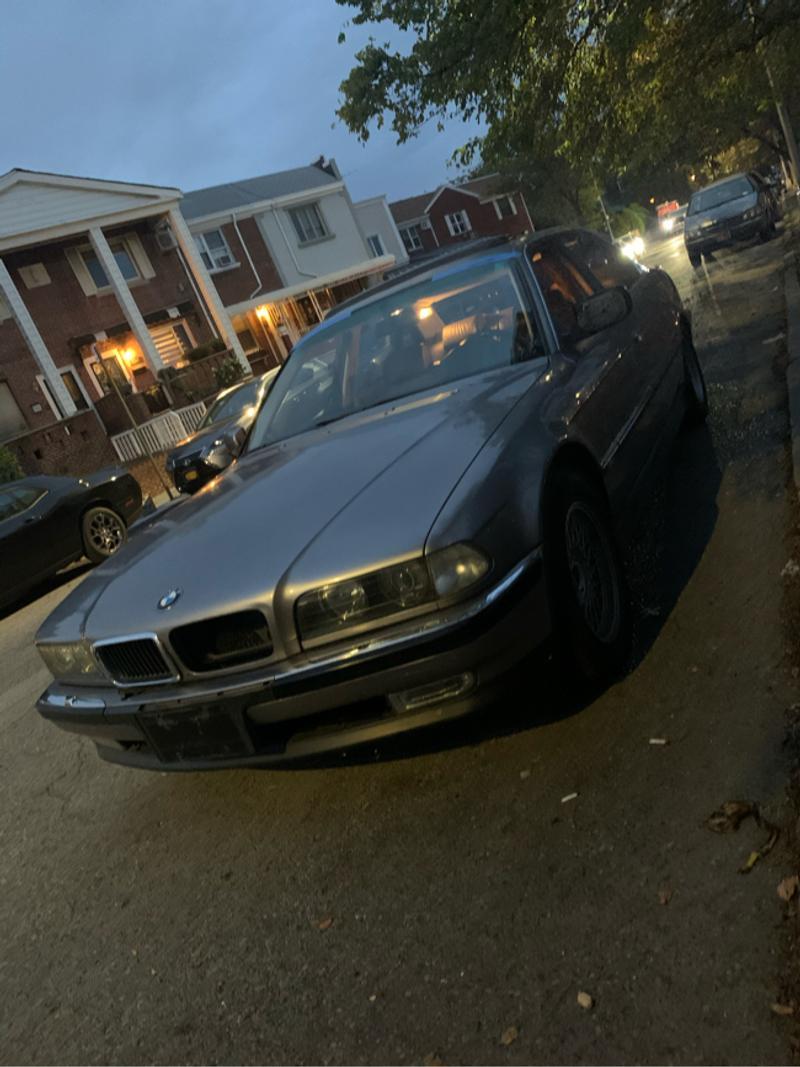 Photo 1995 BMW 7 Series 740iL 4dr Sedan