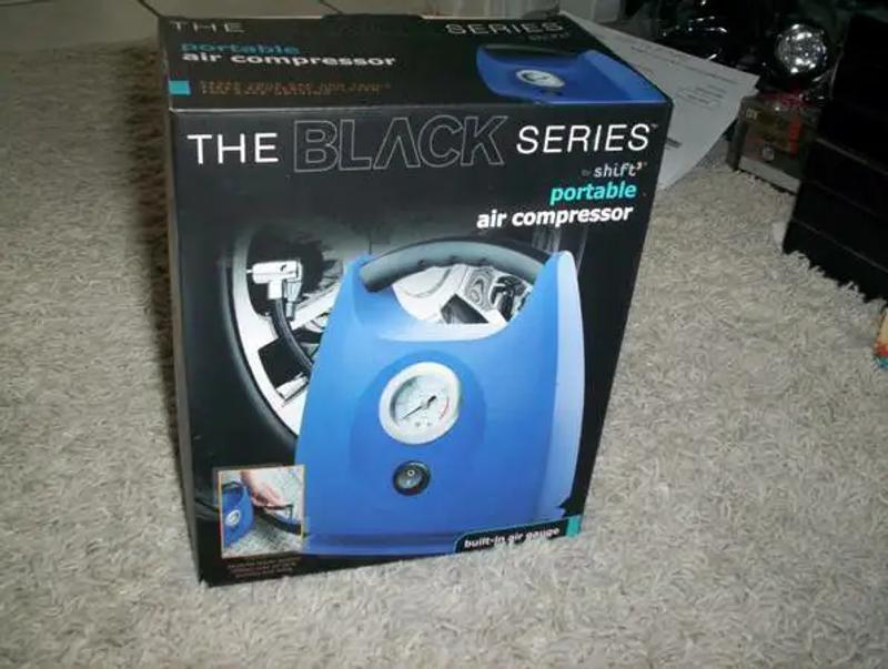 Photo The Black Series Portable Air Compressor$25Schererville