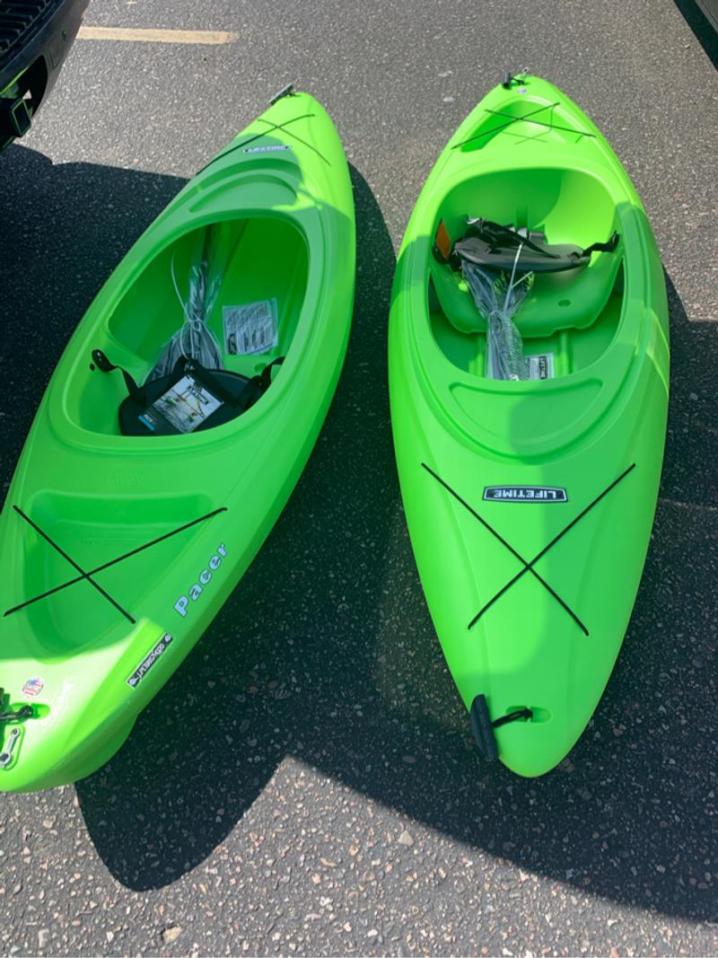 Photo kayak Lifetime 2 brand new never used. 1 for 220 or two for 450
