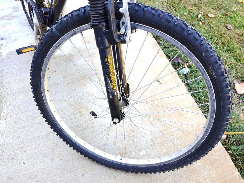 Photo Mountain Bike Mongoose MGX DXR 21 Speed Dual Suspension