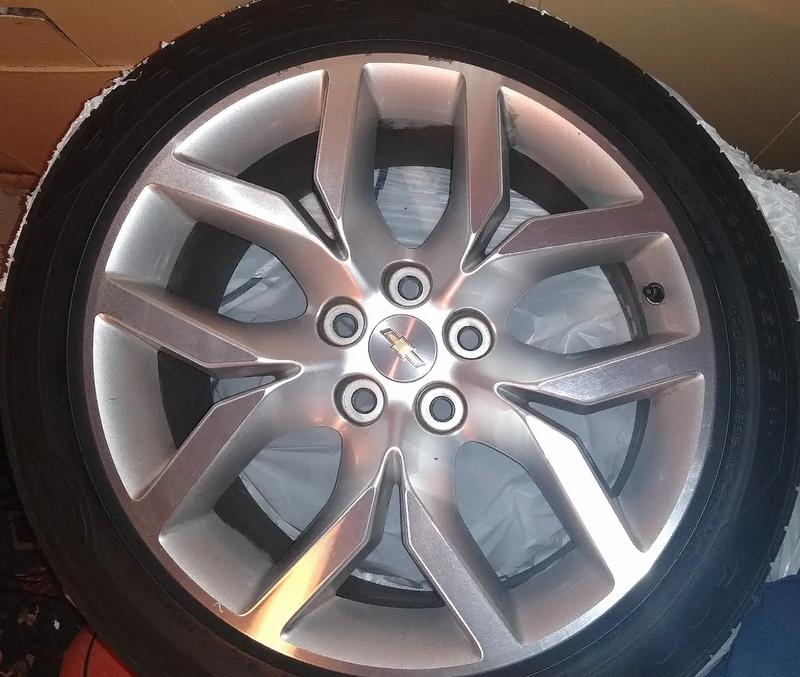 Photo Factory Chevy wheels and tires