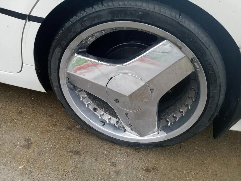 Photo 20 inch blades