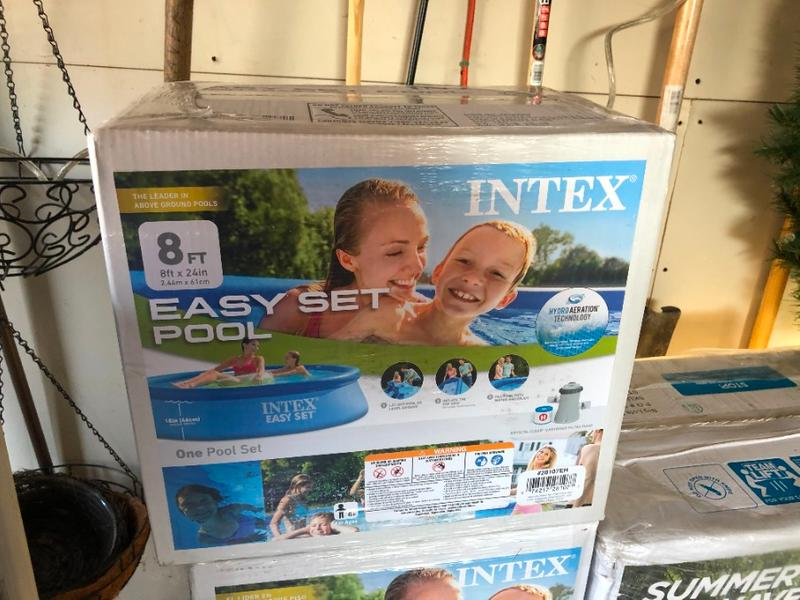 Photo NEW Intex 8x24 Easy Set Round Inflatable Above Ground Pool with Filter Pump