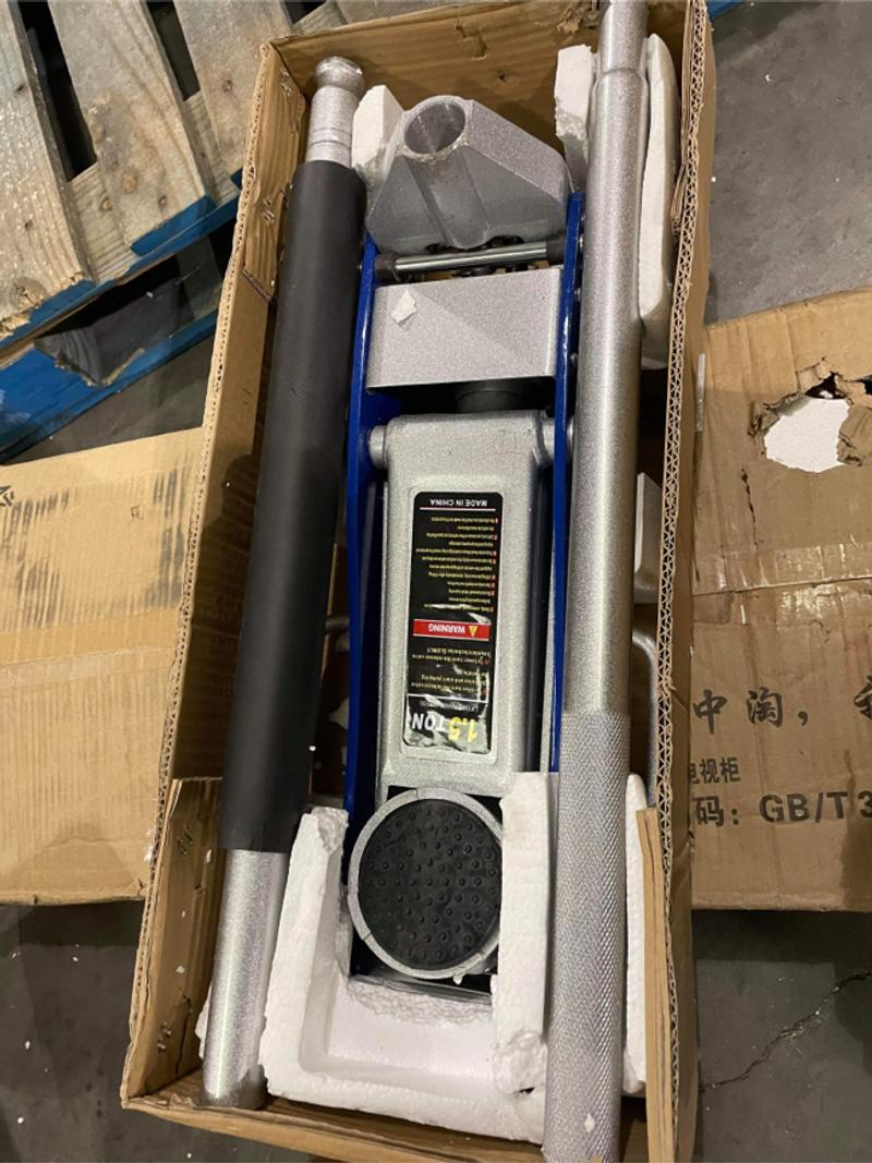 Photo 1.5 Ton Hydraulic Floor Jack Ultra Low Profile Fast Lift Service Jack Aluminum Steel with Rapid Pump Quick Lift