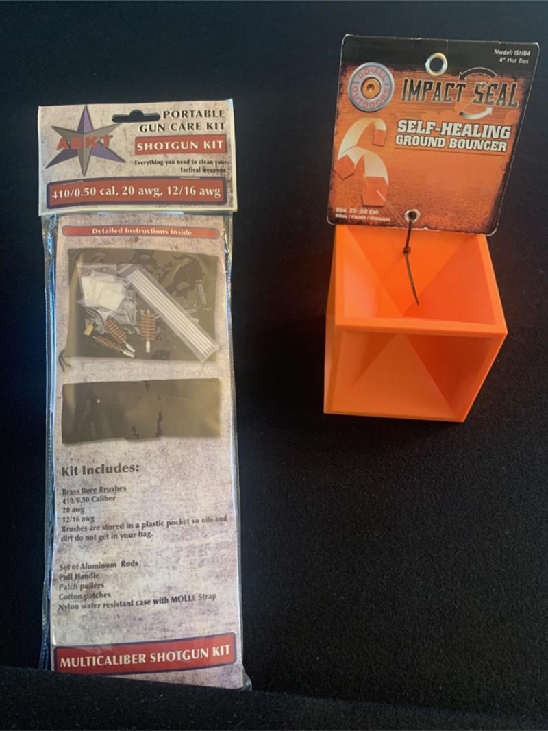 Photo NEW SELFHEALING GROUND BOUNCER for target practice .22 to .50 cal portable cleaning kit w pouch. $20.00 for both.