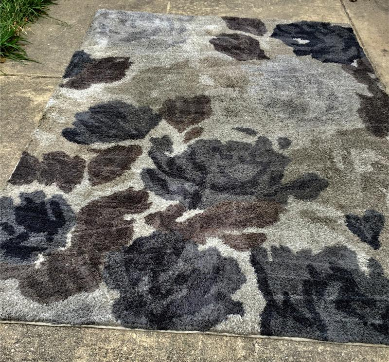 LARGE AREA RUG / CARRERA FLORAL IVY( AT HOME) 9 1/2' x 6 1/2 ...