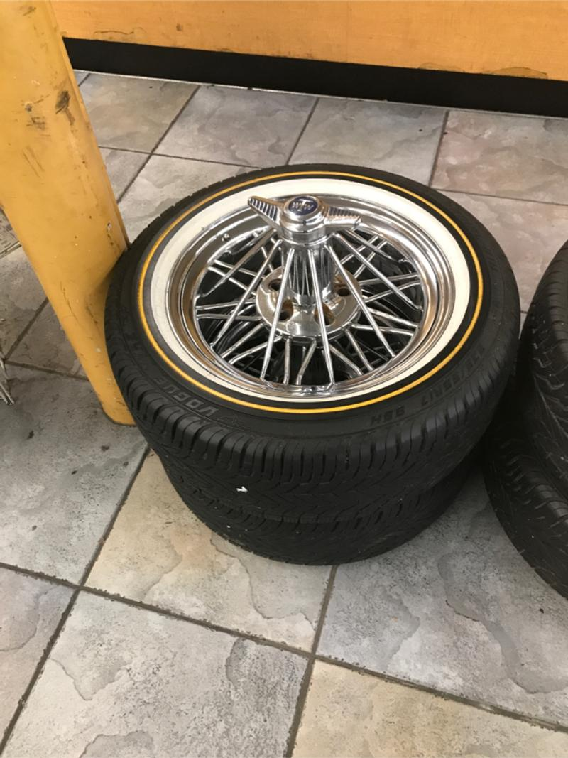Photo 17 inch G6 rims with vogue tires