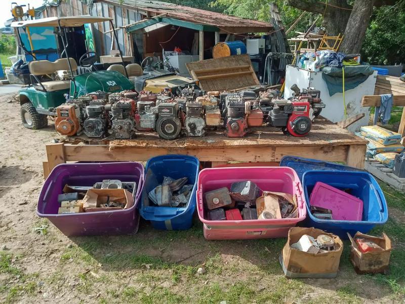 Photo 38 motors plus A LOT of parts