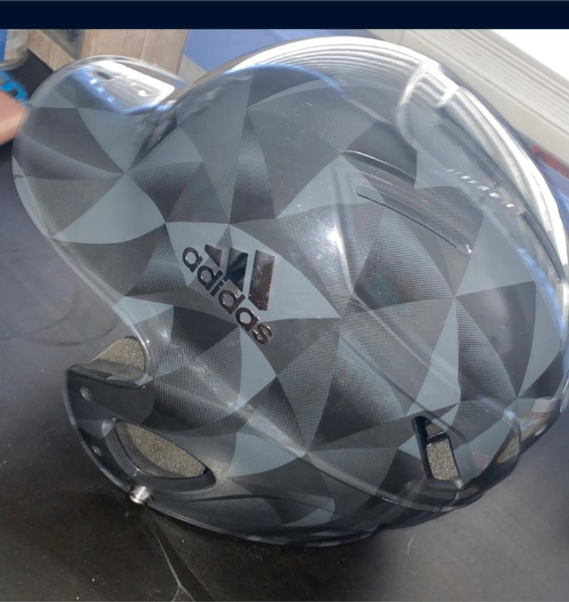 Photo Youth Adidas Baseball helmet